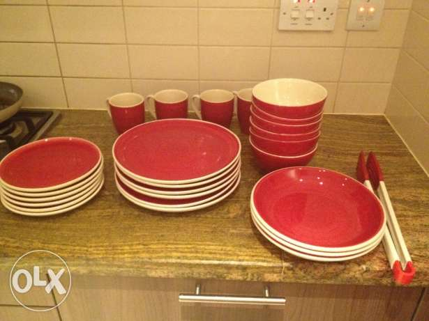 Dinner set ,48 pieces,little used,for sale. مسقط -  1