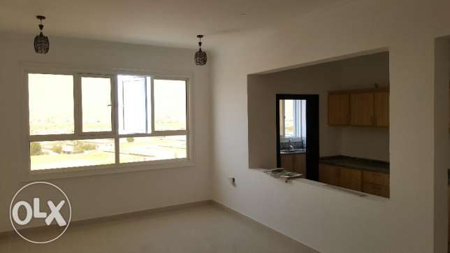 2bhk with maidroom in Bausher Street for Rent Near dolphin village مسقط -  8