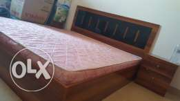 Bedroom and dining table and gas and cilender for sale only 130 OR