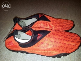 Original Adidas Outdoor Shoes (Brand new, totally unused)