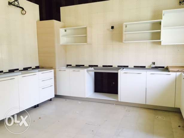Zia Al khoud 5BR Private vilas for sale مسقط -  5