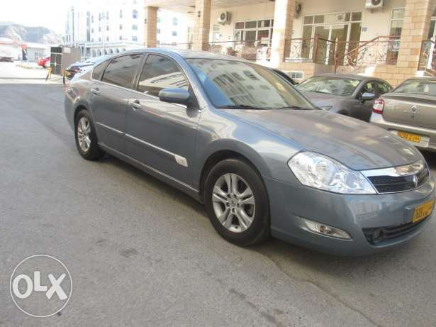 Renault Safrane 2.0 Expat Driven maintained in Good condition روي -  2