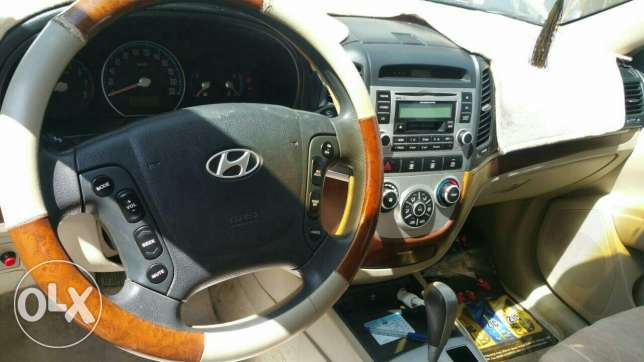 Hyundai for sale السيب -  4
