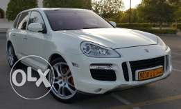 PORSCHE CAYENNE Panoramic Turbo 2008 spacial addition very clean