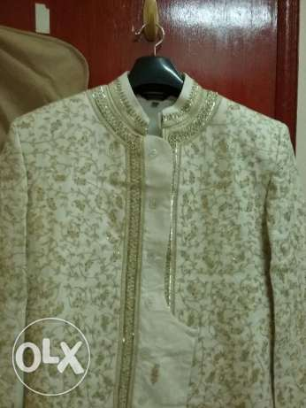 Sherwani with Kurta & Pajama ( Size 40 ) along with 2 blazers(Size 40) الغبرة الشمالية -  5