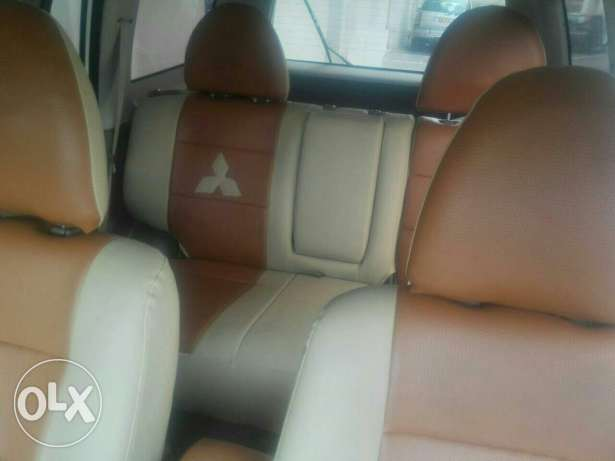 4×4 Mitsubishi 2009 full automatic No 1 original paint free accidents بوشر -  6